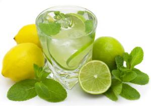 вода с мятой и лимоном